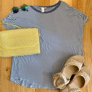 🌸Basic H&M Baby Blue Striped Tee🌸